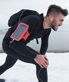 How Does Colder Weather Affect My Knee Pain?