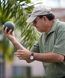 Treating Shoulder Impingement   Dr. Amir Jamali